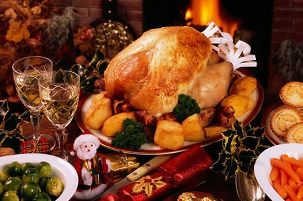 christmas-dinner-image-2-615570755