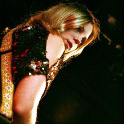"Deanna Petcoff drops new single, ""Stage Lights"" | Canadian Beats Media"