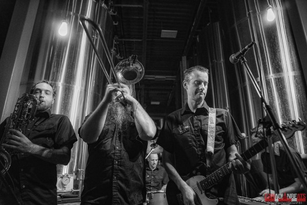 IN PHOTOS – The Planet Smashers & BOIDS in Elora, ON